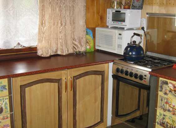 Как самому обновить старую мебель