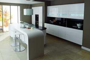 Мебель для длинной кухни