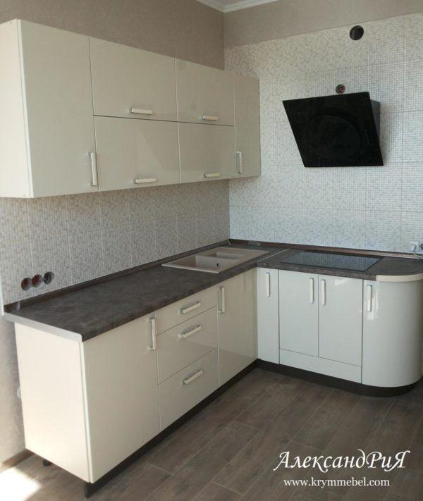 Кухня МДФ крашеный KM138. Кухни на заказ в Симферополе