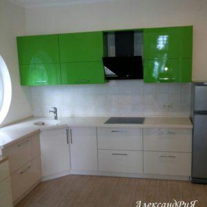 Кухня МДФ крашенный KM74. Кухни на заказ в Симферополе