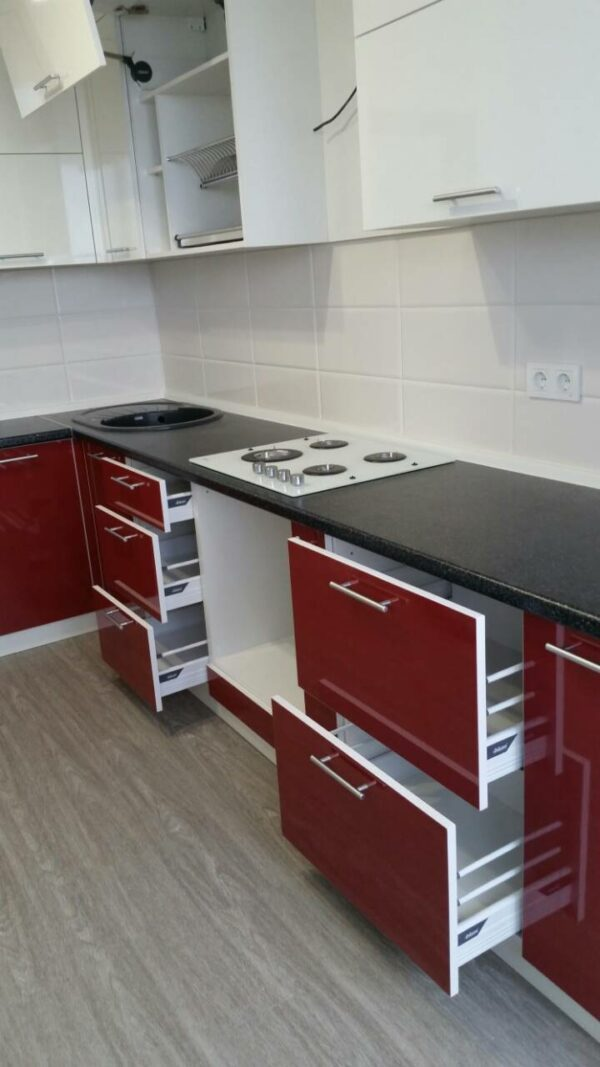 Кухня МДФ пластик PC 175 Кухни на заказ в Симферополе по низким ценам