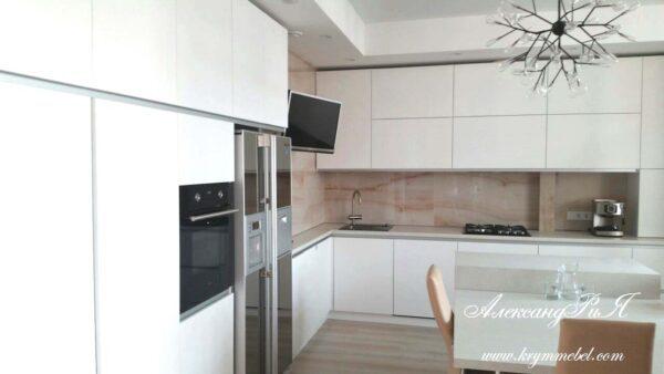 Кухня МДФ крашенный KM 145. Кухни на заказ в Симферополе